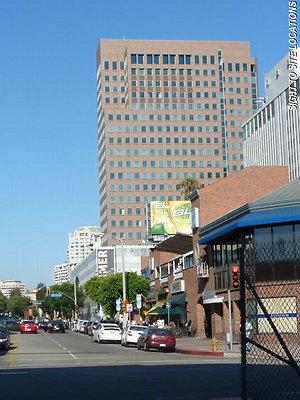 00944-West Los Angeles