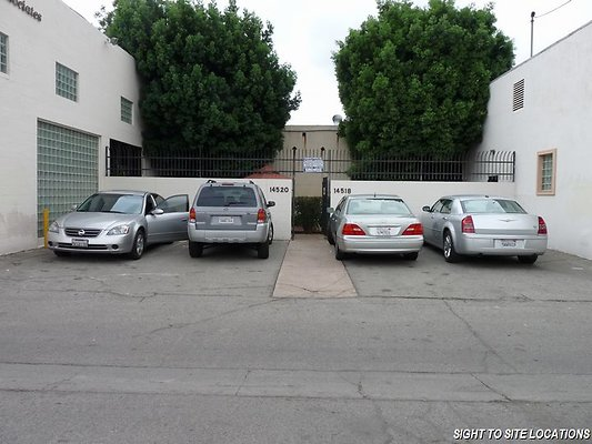01048-East San Fernando Valley