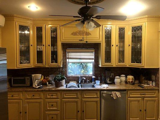 25 Kitchen