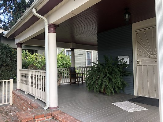 05 Front Porch