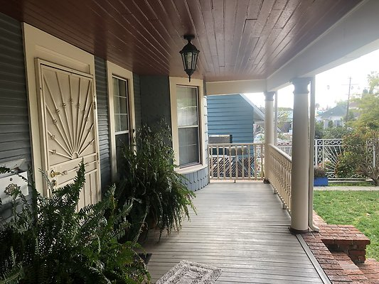 06 Front Porch Side
